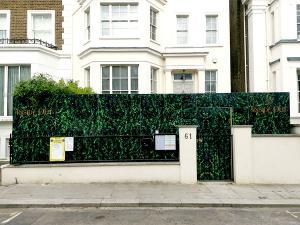 hoarding-install-Hackney